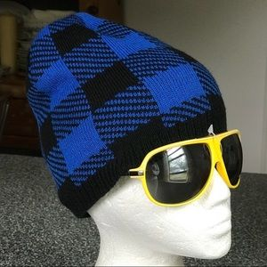 NWT Buffalo Plaid blue + black double layer beanie